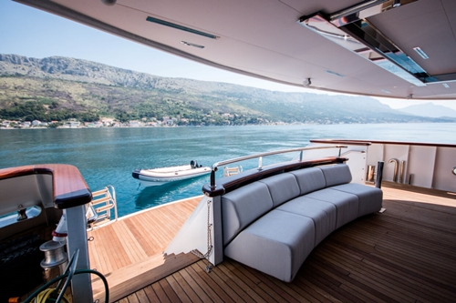 MV Black swan deck