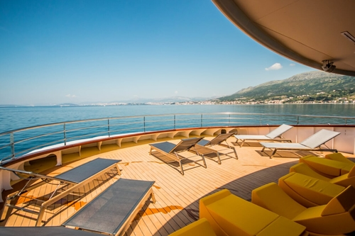 MV black swan sundeck