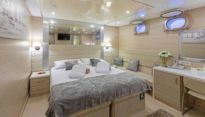 Bellissima Lower Deck Cabin